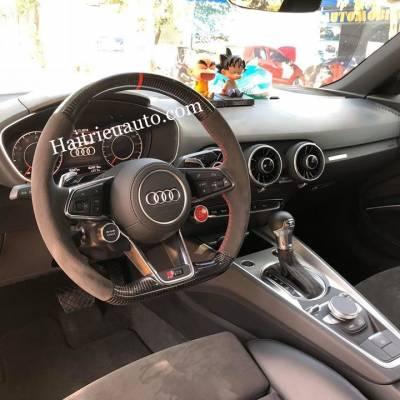 Nâng cấp vô lăng RS cho Audi TT