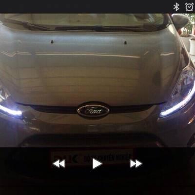 Độ đèn led cho xe FIESTA