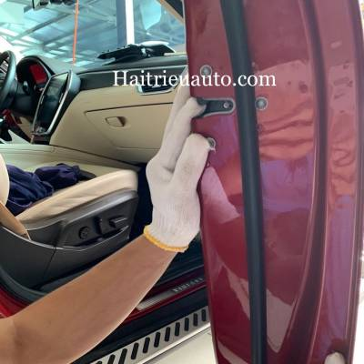 Cửa hít cho xe VinFast Lux