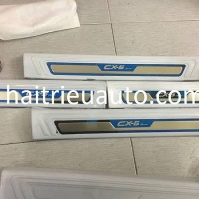 ốp chống trầy trong xe mazda CX5 2018