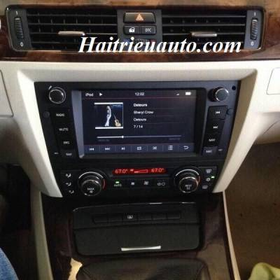 DVD theo xe BMW 320I