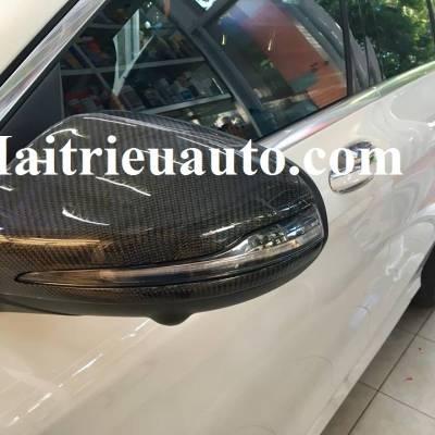 Ốp gương cacbon cho xe Mercedes C250