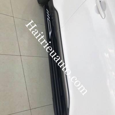 bể bước chân xe Hyundai Kona