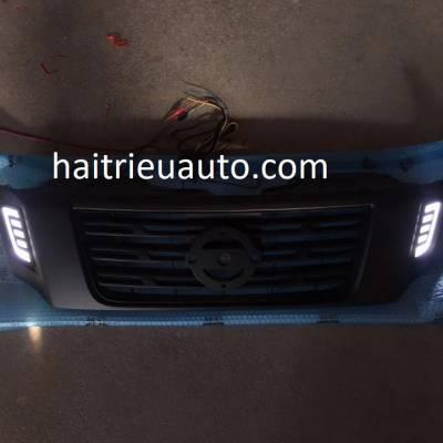 mặt ca lăng độ có đèn led cho xe navara 2018