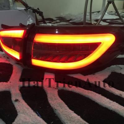 Đèn hậu độ nguyên bộ cho xe mazda 6