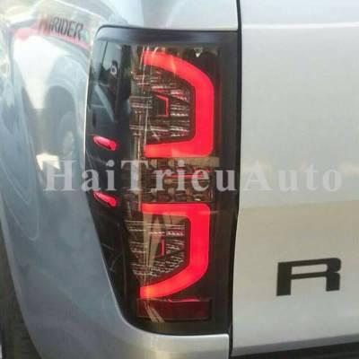 Đèn hậu độ cho xe ford ranger
