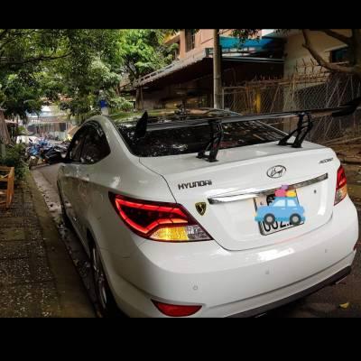 đuôi gió thể thao cho xe Hyundai Accent