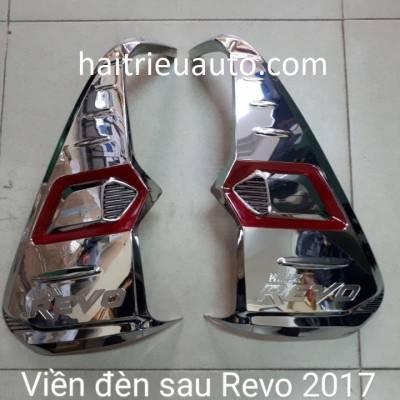 viền đèn sau xe Revo 2018