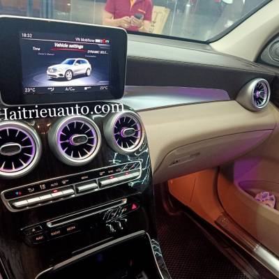 Cửa gió Turbine đèn LED theo xe Mercedes GLC 200