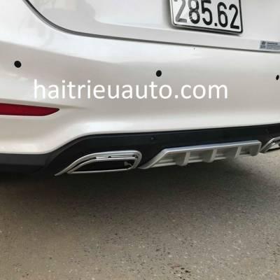 ốp chia đôi pô cho xe Hyundai Accent 2018