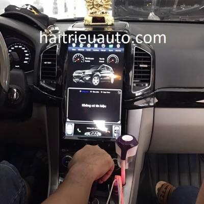 màn hình Tesla theo xe captiva