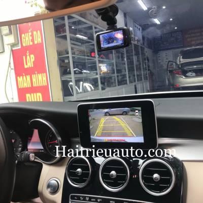Lắp camera lùi cho Mercedes C200 2015