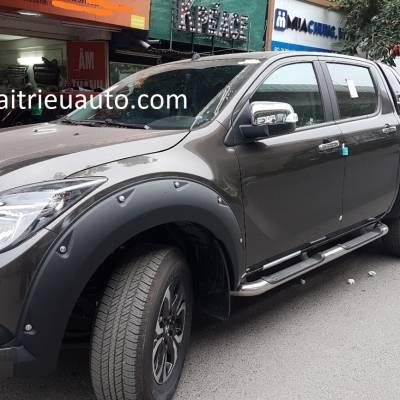 ốp cua lốp hàng thailand cho xe mazda BT50