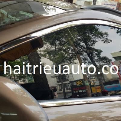 Viền cong kính theo xe Hyundai Kona