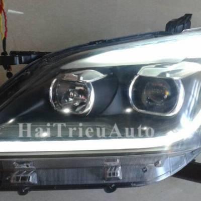 Đèn pha độ cho xe innova