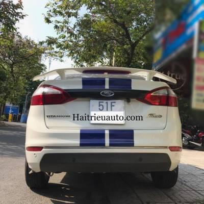 đuôi gió thể thao cho xe ford fiesta