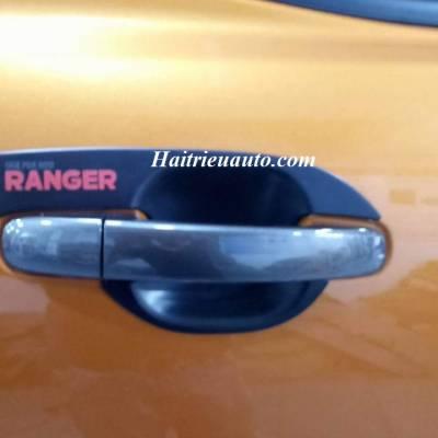 Chén cửa Ford Ranger 2017