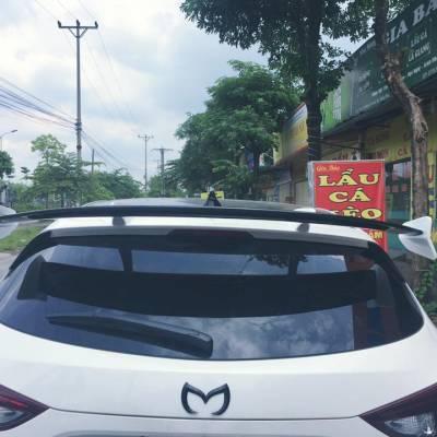 Đuôi cá cao Mazda 3