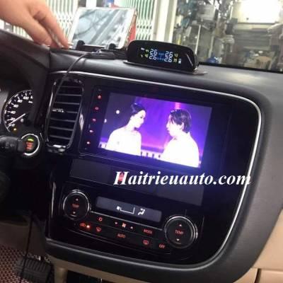 DVD theo xe Mitsubishi Triton