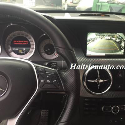 Lắp camera lùi cho xe Mercedes GLK