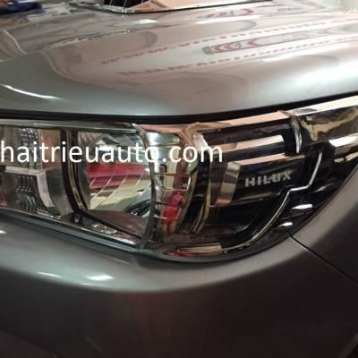viền đèn trước xe toyota HILUX 2018