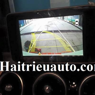 lắp camera lùi cho Mercedes Benz C200 2015