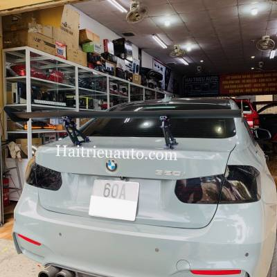 Đuôi gió thể thao cho xe BMW 320i