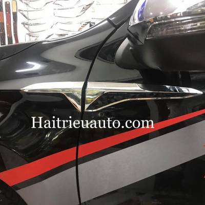 Ốp mang cá Mitsubishi Pajero Sport Thailand