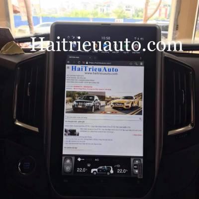 màn hình tesla cho xe  landcruiser
