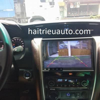 màn hình android xe fortuner 2018