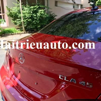 đuôi gió thể thao xe Mercedes CLA 45