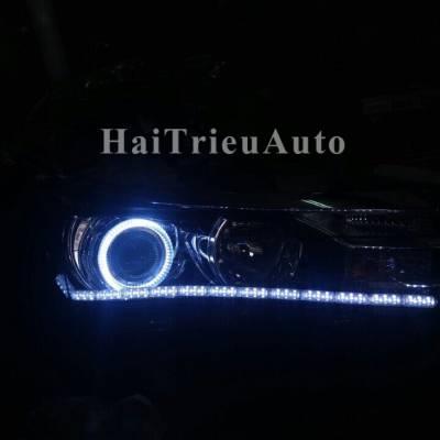Độ bi và đèn led cho xe altis 2017