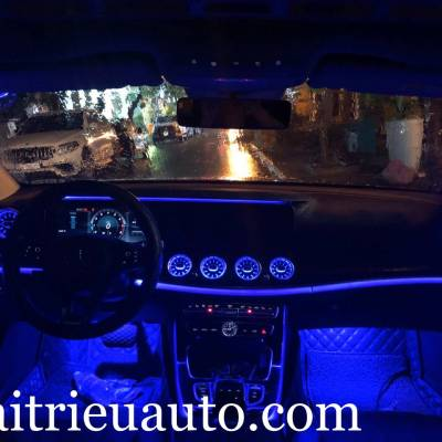 Cửa gió Turbine đèn LED theo xe Mercedes E Class