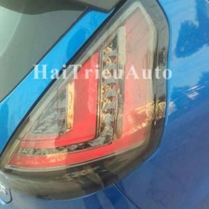 Đèn hậu độ nguyên bộ cho xe FIESTA