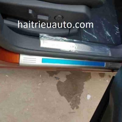 nẹp chống trầy phần nhựa xe Peugeot 3008