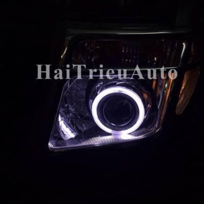 Đèn pha xe navara 2011 độ bi xenon