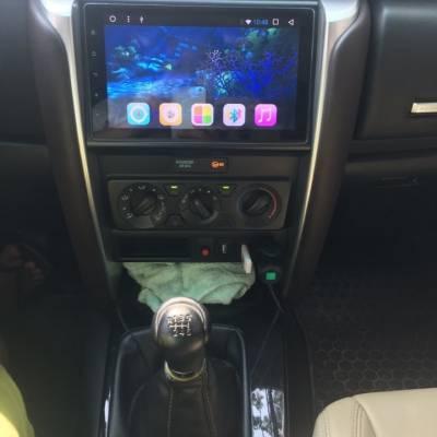 màn hình android zulex theo xe fortuner 2018