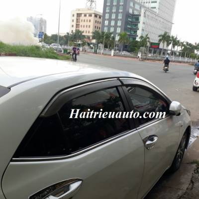 Vè che mưa viền xi Toyota Altis