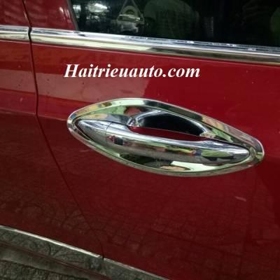 Chén cửa Hyundai Grand I10