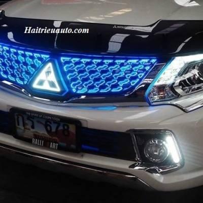 Mặt calang độ đèn led Mitsubishi Triton